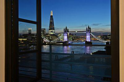 Prestigious living room view of Tower Bridge in London