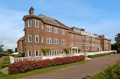 Block of prestigious flats